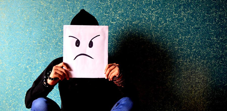 Öfke farklı bir duygunun maskesidir